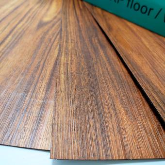 Самоклеюча вінілова плитка Темне дерево, ціна за 1м2  (мін. замовлення 5м2)